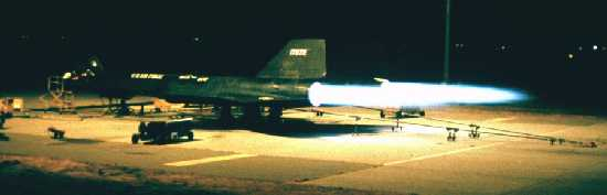 Lockheed SR-71 Black Bird Nite2
